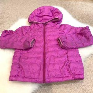 Uniqlo girls purple packable jacket 5-6T preloved